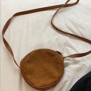 Camel circle purse NWT